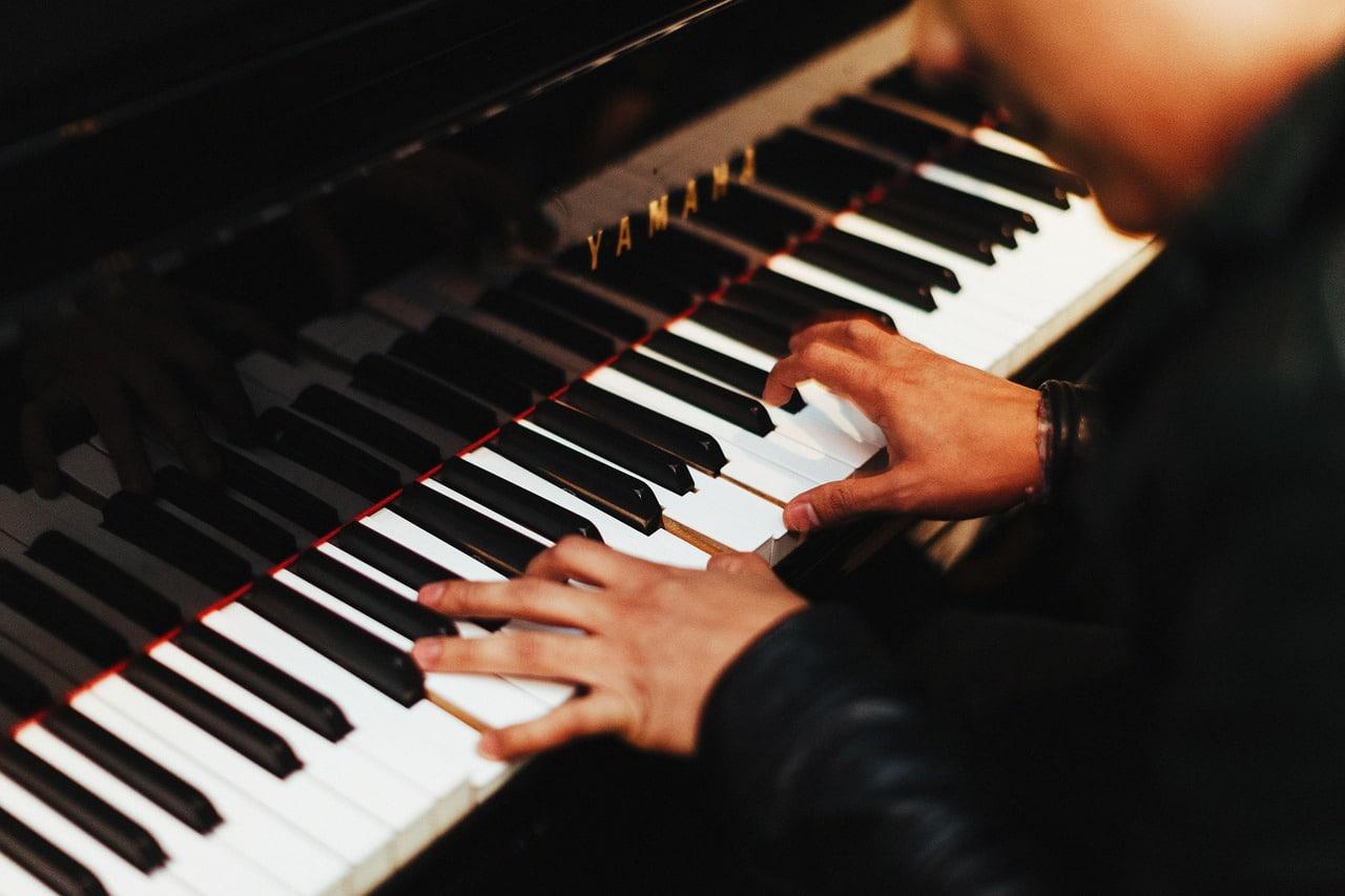 Les bienfaits des cours de piano